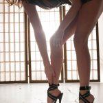 Knöchel & sandals = Sandalette